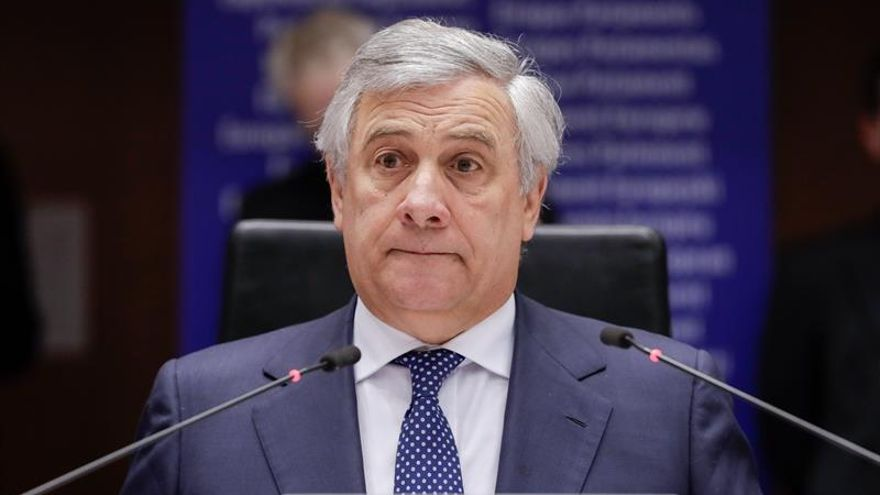 Tajani se reúne en Washington con el enviado de Guaidó a Estados Unidos