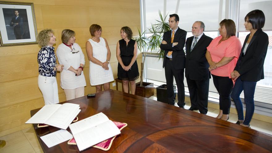 Eva Díaz Tezanos, junto al equipo directivo del ICASS.