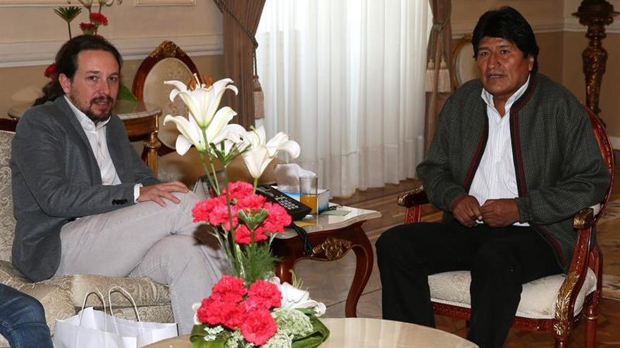 Pablo Iglesias es recibido por Evo Morales en el Palacio de Gobierno de Bolivia