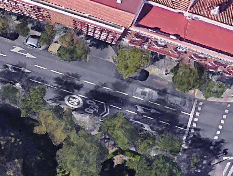 Los tres carriles para circulación en Santa Cruz de Marcenado