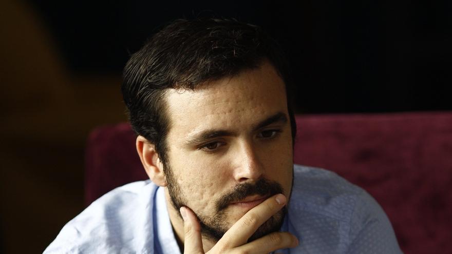 """Garzón rechaza la invitación de Iglesias  y dice que viaja """"ligero, con una mochila llena de la historia de IU"""""""