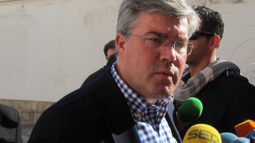 """El alcalde, """"completamente centrado"""" en su cargo, destaca el """"propósito ineludible de agotar"""" su mandato"""