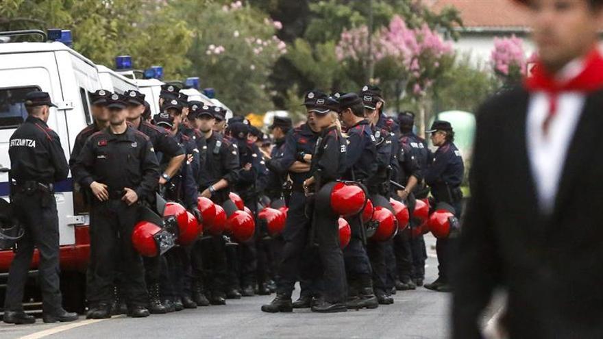 El Tribunal de la UE respalda limitar la edad de acceso a las oposiciones de la Ertzaintza