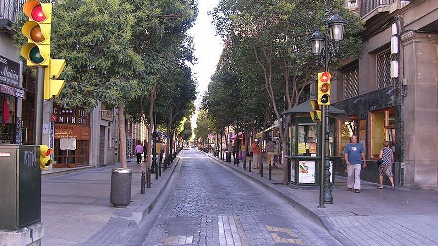 Calle de Zaragoza en la que se potencia el comercio de proximidad.