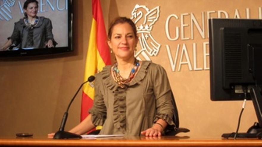 Paula Sánchez De León En Rueda De Prensa Posterior Al Pleno Del Consell