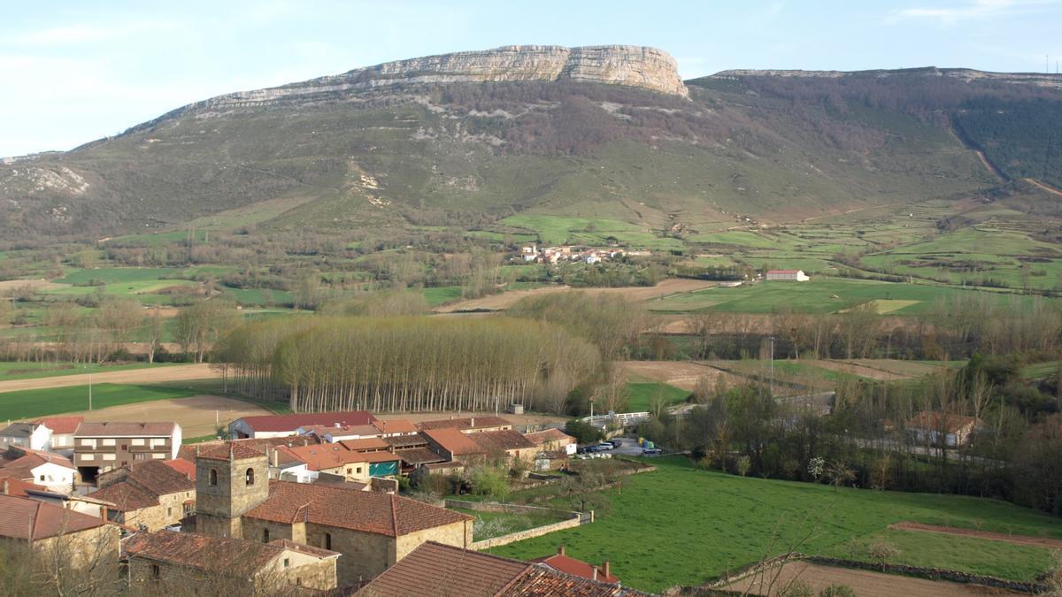 Pueblo de los valles del interior de Cantabria.