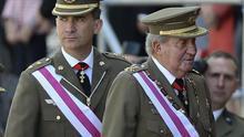 El Gobierno redobla la presión sobre Juan Carlos I para salvar la imagen de Felipe VI