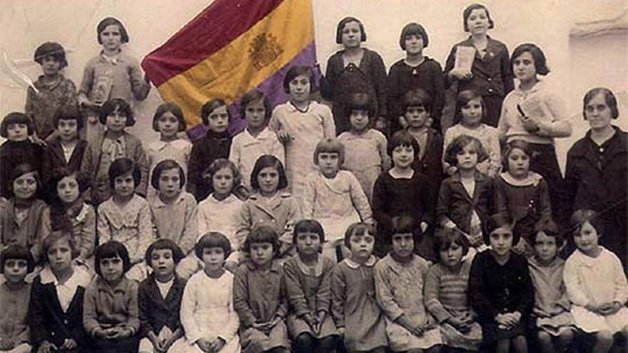 Maestras de la II República / PSOE Cáceres