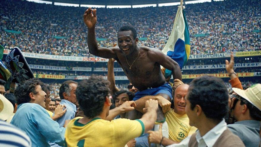 """El documental """"Pelé"""" cuenta con grandes imágenes de archivo de la historia del futbolista"""