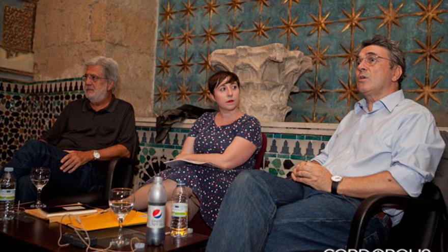 Eloy Sánchez Rosillo, Elena Medel y Andrés Trapiello. MADERO CUBERO