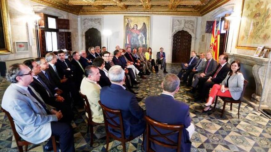 Imagen de la reunión de Alberto Fabra con los empresarios