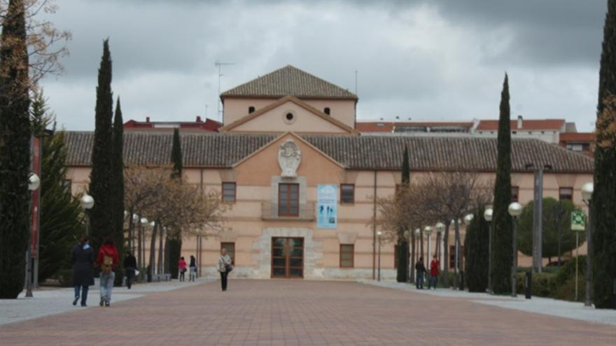Rectorado de la Universidad Castilla-La Mancha / foto: elcrisoldeciudadreal.es