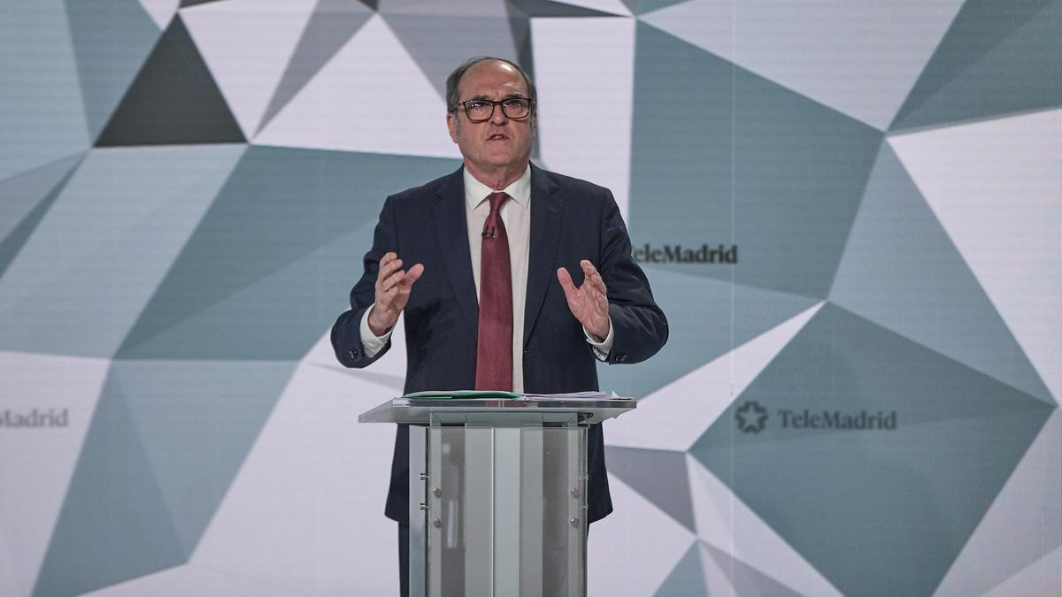 El candidato del PSOE a la Presidencia de la Comunidad de Madrid, Ángel Gabilondo, en un momento del debate de Telemadrid.