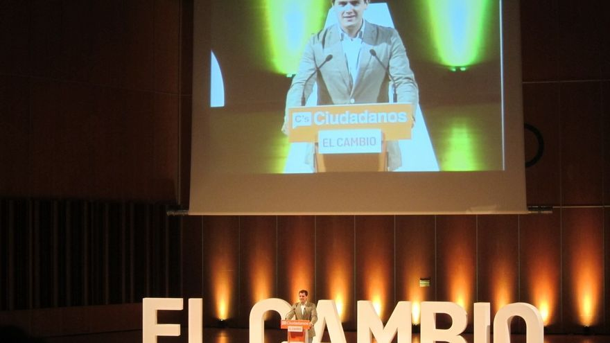 """Rivera (Ciudadanos): """"Quien gobierne en España tendrá que ser humilde y generoso"""""""