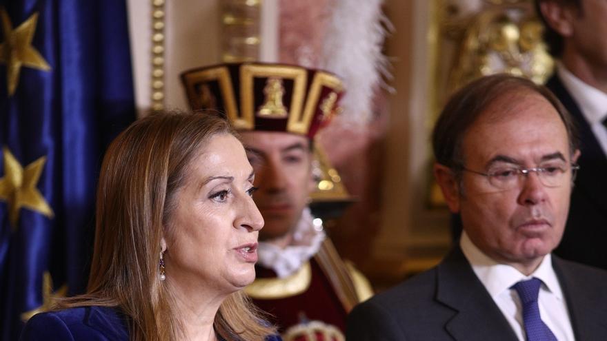 Pastor dice que España tiene que aprender sobre racionalización de horarios y cree que el Congreso debería dar ejemplo