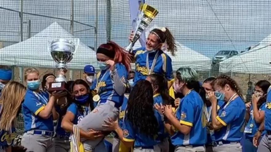 El CBS Capitalinos de Gran Canaria, campeón de la Primera División de Sófbol Femenino