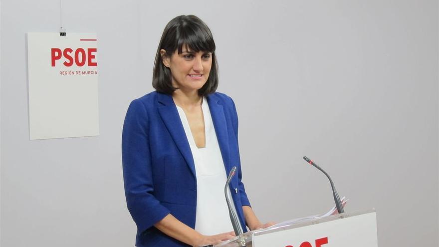 """""""Ese es el cambio que está en nuestras manos y que es posible conseguir y estoy convencida que los murcianos van a apoyar"""""""