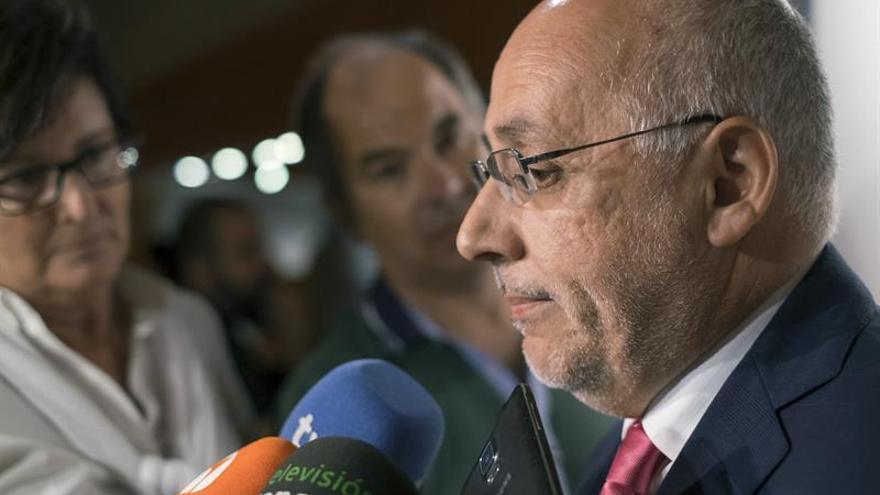 El presidente del Cabildo de Gran Canaria, Antonio Morales (NC). EFE/Ángel Medina G.
