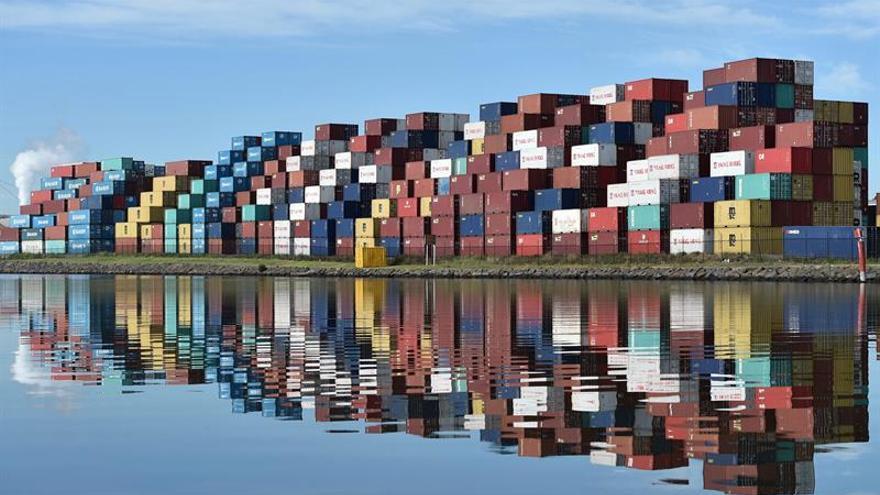 El déficit australiano se reduce a menos del 2 por ciento del PIB