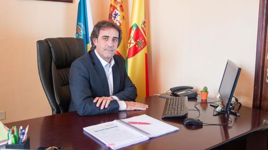 Francisco Paz es alcalde de San Andrés y Sauces.