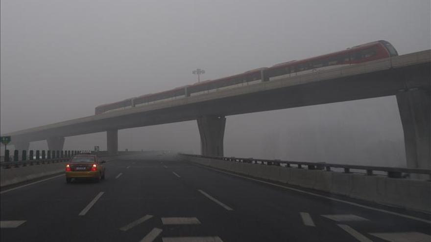Hong Kong lanza un millonario plan contra la polución, pero pide a China ayuda