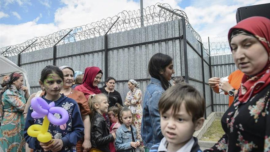La CE lleva a República Checa, Hungría y Polonia a la justicia europea por no acoger refugiados