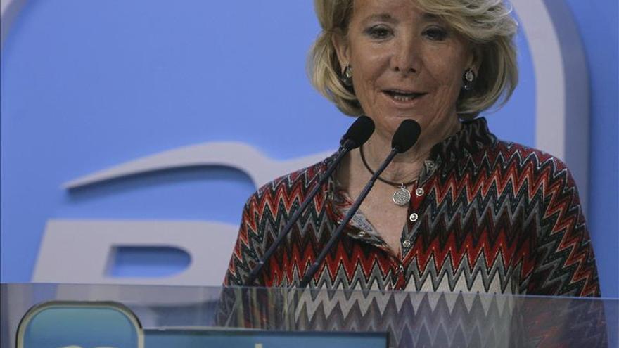 Esperanza Aguirre denuncia el robo de su cartera en la Gran Vía