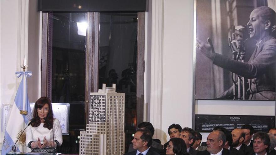 El Gobierno argentino sigue negando el cese de pagos pero los mercados se resienten