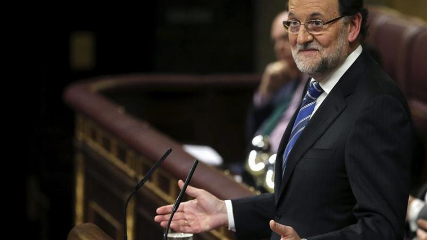 """Rajoy ve """"patético"""" a Sánchez, que ofrece limpieza y un """"cambio esperanzador"""""""