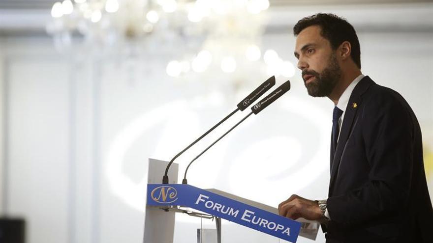 Torrent plantea a Sánchez un pacto que fije las condiciones de un referéndum