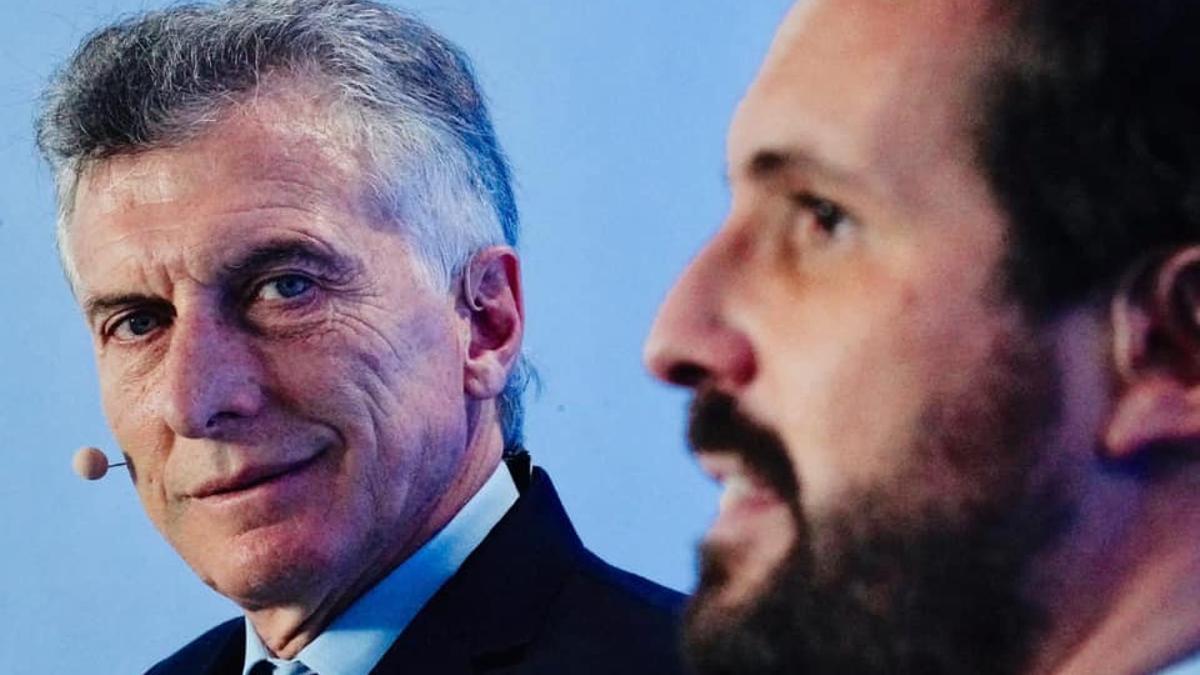 Mauricio Macri, junto al presidente del Partido Popular español, Pablo Casado.