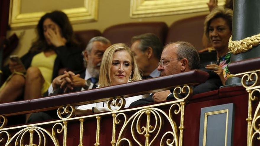 Cifuentes: Rajoy tiene derecho y obligación de presentarse a la investidura
