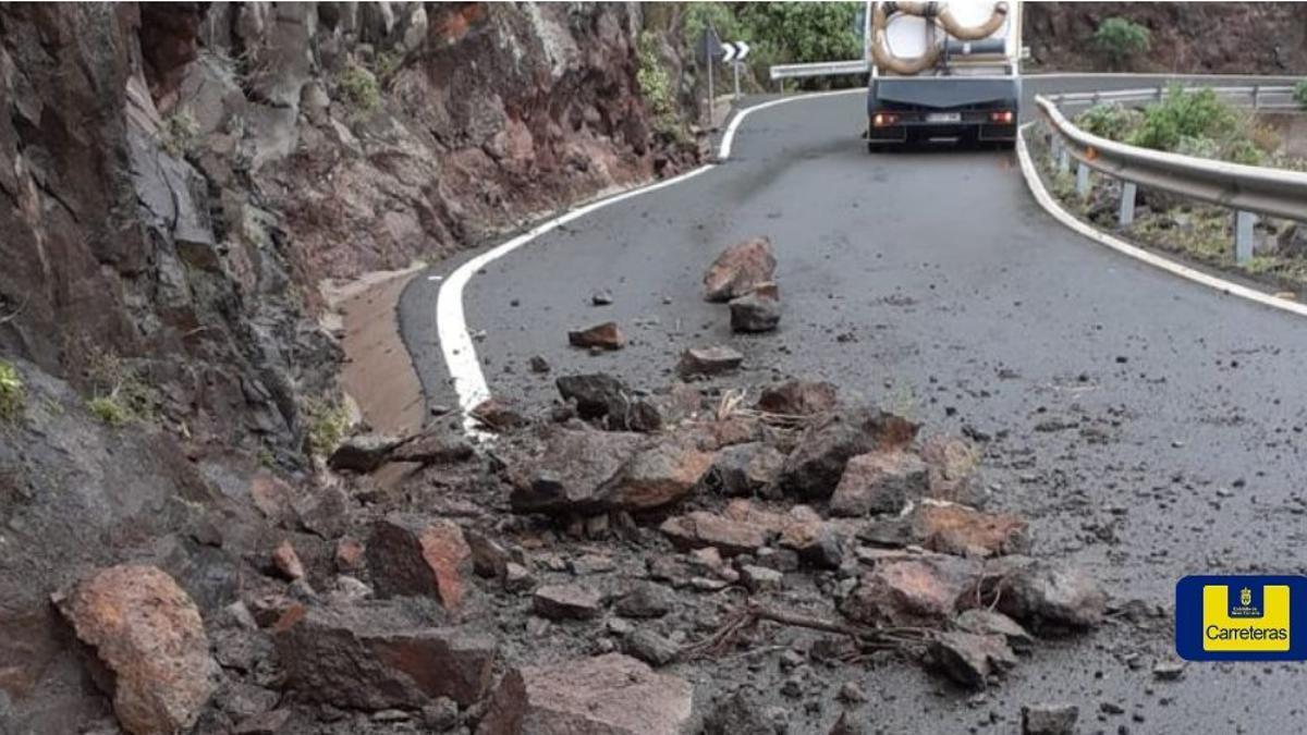 Desprendimiento de rocas en carreteras de la cumbre de Gran Canaria (GC-605, GC-606, GC-210 y GC-200)
