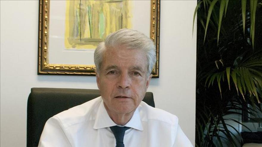 El embajador en Libia, en contacto permanente con los españoles en Bengasi