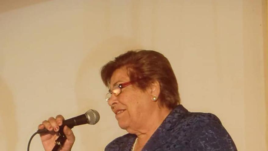 María Nieves Clemente Pérez, 'La Garrafona', versadora palmera.