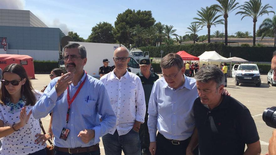 Ximo Puig durante su visita al Puesto de Mando Avanzado en el incendio que afecta al Poble Nou de Benitatxell y Xàbia