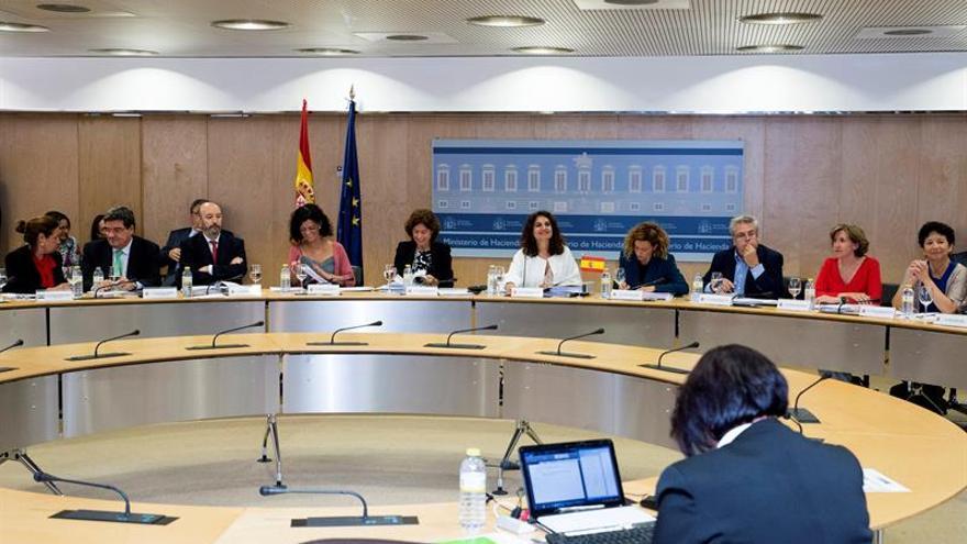 El CPFF analiza los objetivos de estabilidad con ajuste de 2.400 millones
