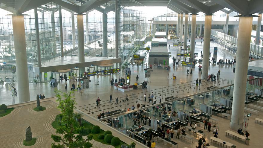 Interior del Aeropuerto de Málaga-Costa del Sol.