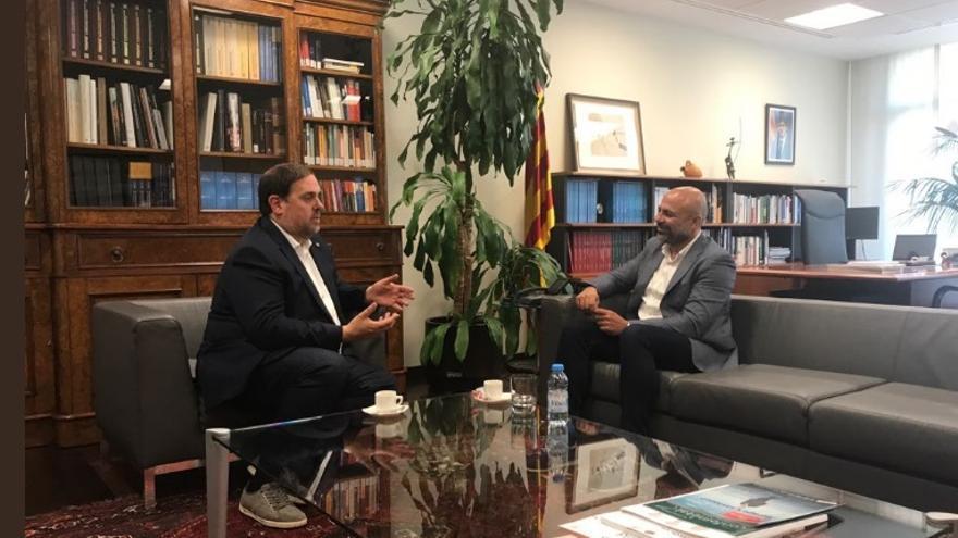 Reunión entre José García Molina y Oriol Junqueras en Barcelona