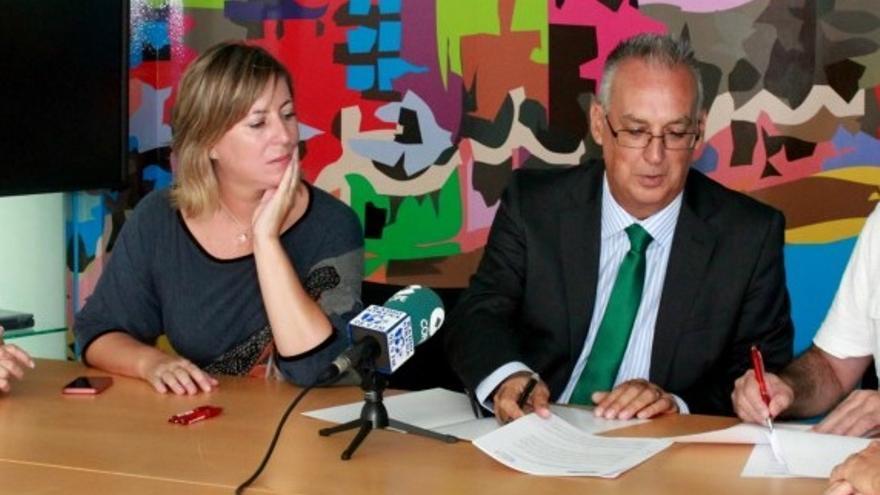 Gema Amor (CDL) ha roto el pacto de gobierno con Agustín Navarro (PSOE)