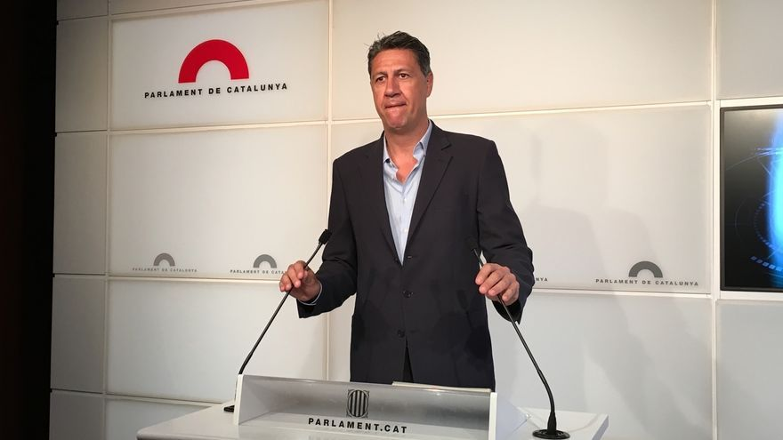 """Albiol augura que Rajoy le dirá al Rey que necesita """"un poquito más de tiempo"""" para presentarse a la investidura"""