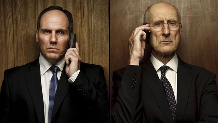 Corey Johnson y James Cromwell en la TV movie Los últimos días de Lehman Brothers