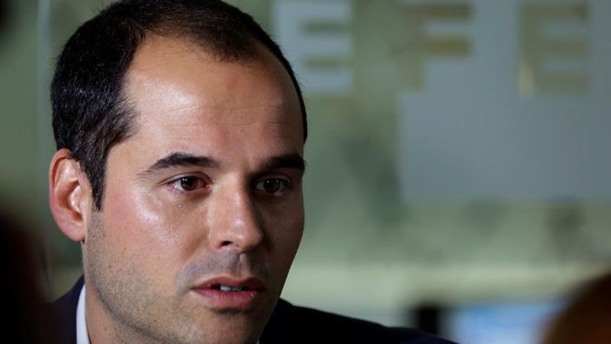 """Aguado dice que Espinar debe explicar  el supuesto """"negocio con algo público"""""""