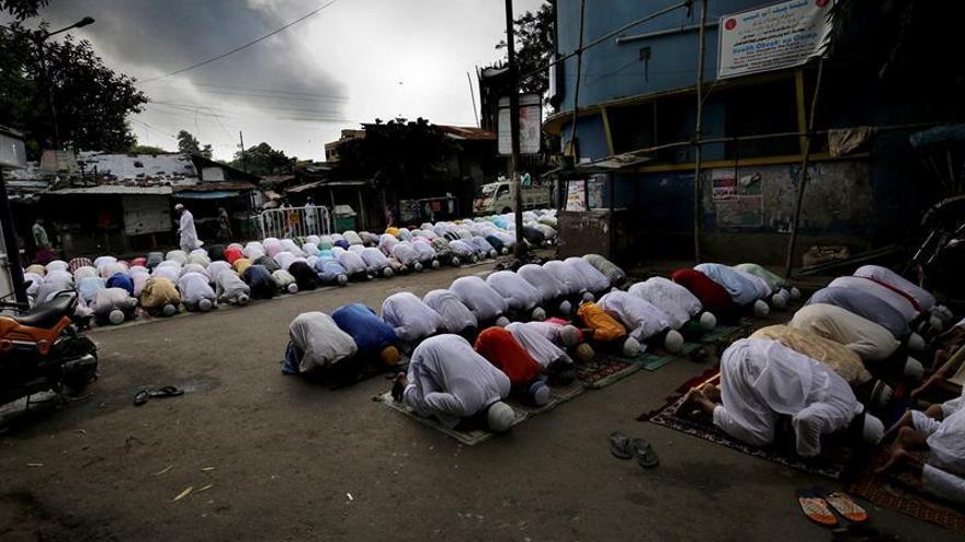 Un suicida muerto y 4 heridos en un intento atentado contra una mezquita en Pakistán