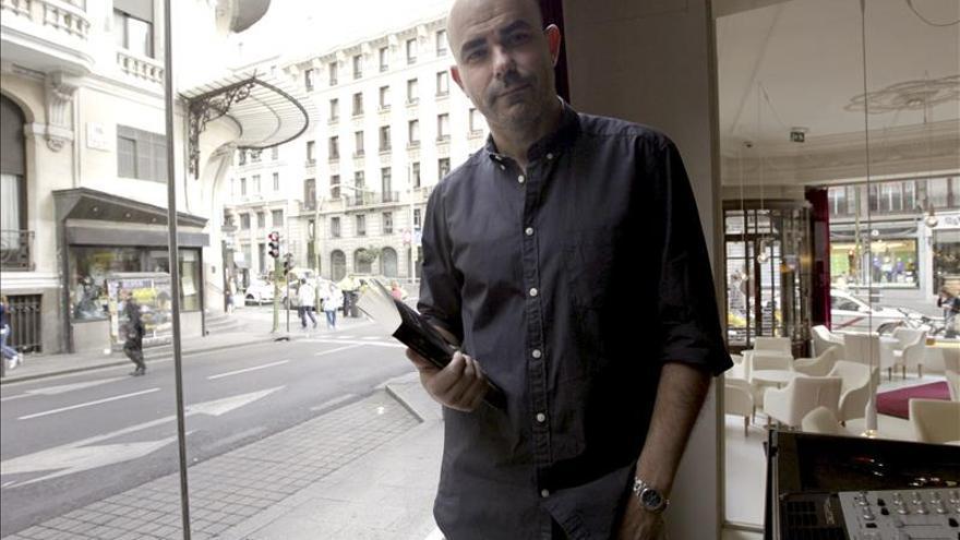 Sacheri dice que la literatura es necesaria para abordar las dictaduras
