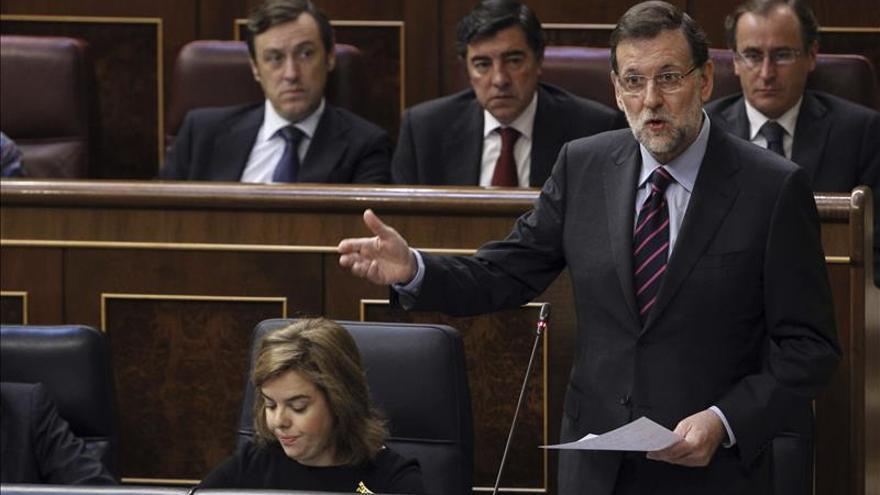 Rajoy defenderá mañana en el pleno del Congreso la ley de abdicación