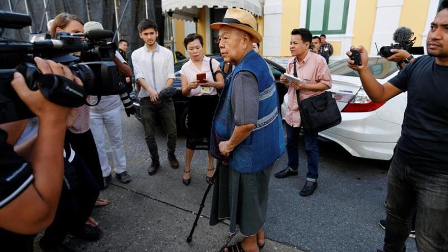 Posponen la apertura del caso por lesa majestad contra un historiador tailandés