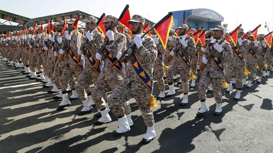 Irán exhibe un nuevo misil balístico con un alcance de 2.000 kilómetros