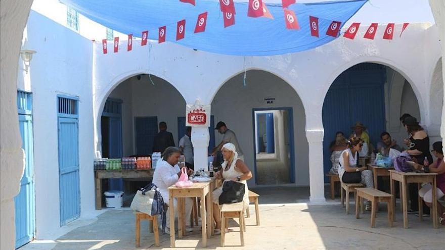 """Las agencias de viajes ven """"imposible"""" salvar la temporada turística en Túnez"""
