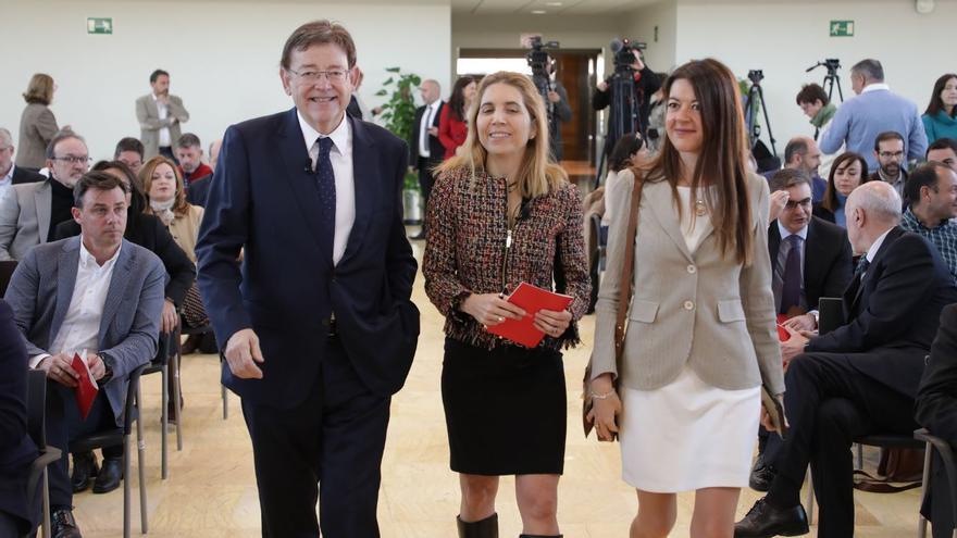 El president Ximo Puig junto a Nuria Oliver y la consellera de Ciencia, Innovación y Universidades, Carolina Marín.